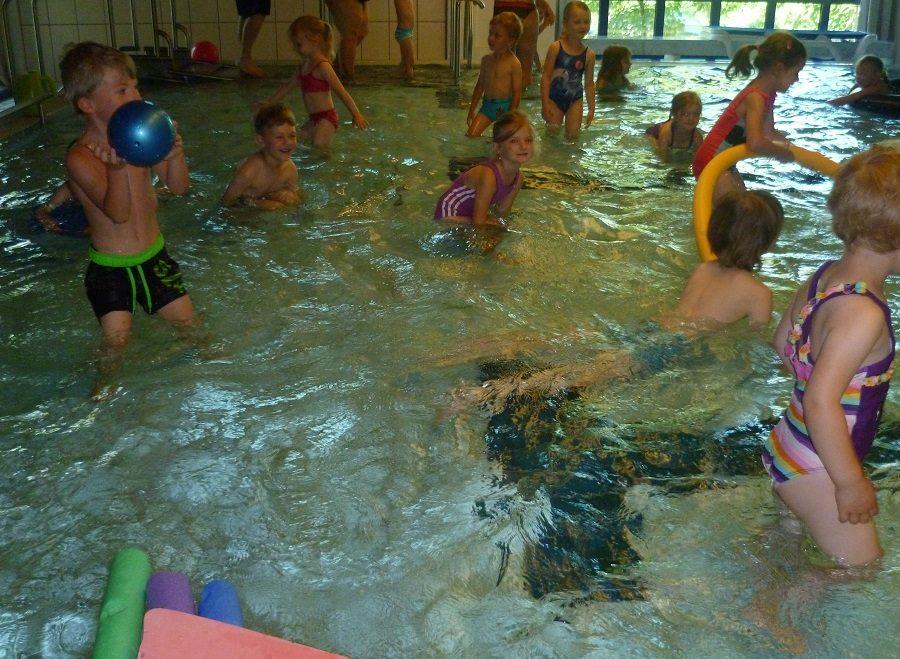 Die Badesaison im Kinderhaus ist eröffnet